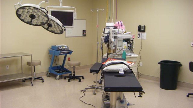 2012_0508surgical-center-evan0005
